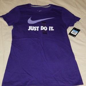 Womens Nike Tee Shirt